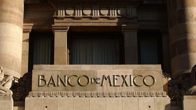 Necesario atender los retos que enfrenta Pemex Banco de México