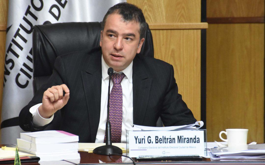 Organizar procesos electorales sin bajar los niveles de calidad, es el desafío en medio de la pandemia: Consejero del IECM Yuri Beltrán Miranda