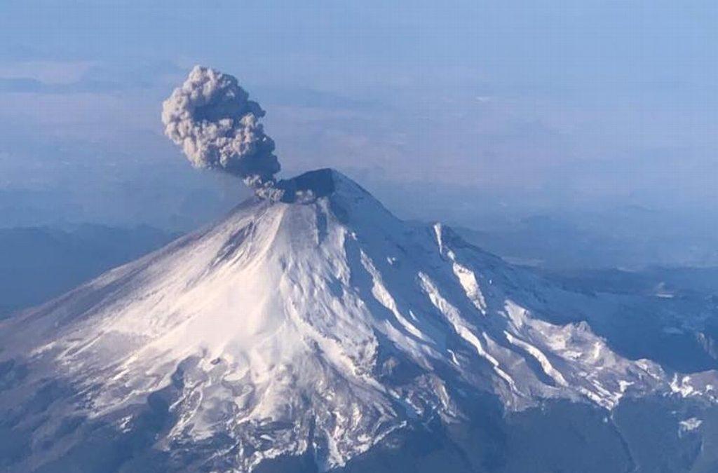 Se registra exhalación del Popocatépetl, semáforo se mantiene en Amarillo Fase 2
