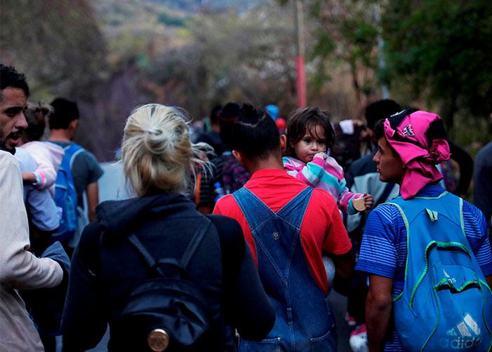 Ebrard informará sobre situación en frontera sur AMLO