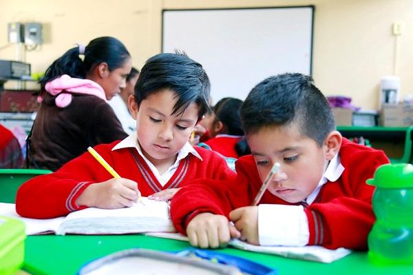 PRD CEDE LOS ESPACIOS DE PUBLICIDAD OFICIAL EN TELEVISIÓN PARA GARANTIZAR LA EDUCACIÓN EN MÉXICO