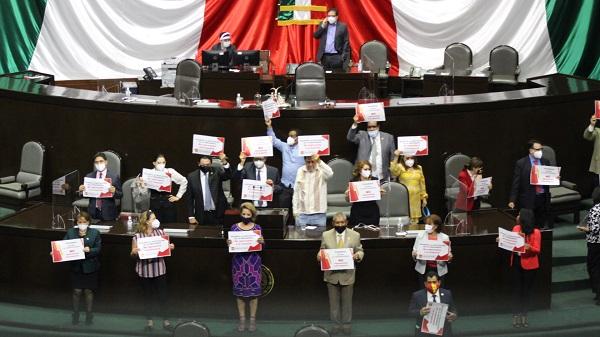 Diputados del PT piden destitución de Rojas