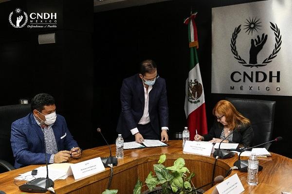 CNDH Y SECRETARÍA DE BIENESTAR FIRMAN CONVENIO PARA PREVENIR VIOLACIONES A DDHH DE PERSONAS BENEFICIARIAS DE PROGRAMAS SOCIALES