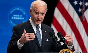 Macron hablará por teléfono con el presidente estadounidense Biden: portavoz francés