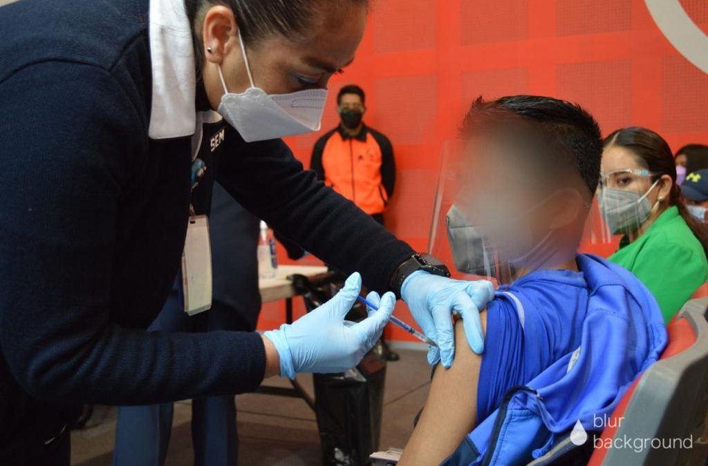 Un juez acaba de ordenar vacunar contra COVID a todas las personas de 12 a 17 años en México